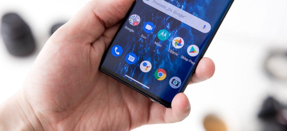 Motorola-Edge-jaki-smartfon-wybrac-2020
