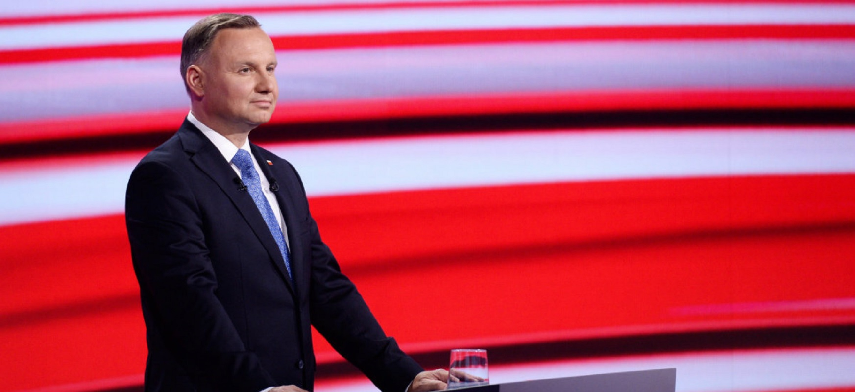 Andrzej Duda sounded like an anti-vaccineist yesterday on TVP. He has given up a bit today