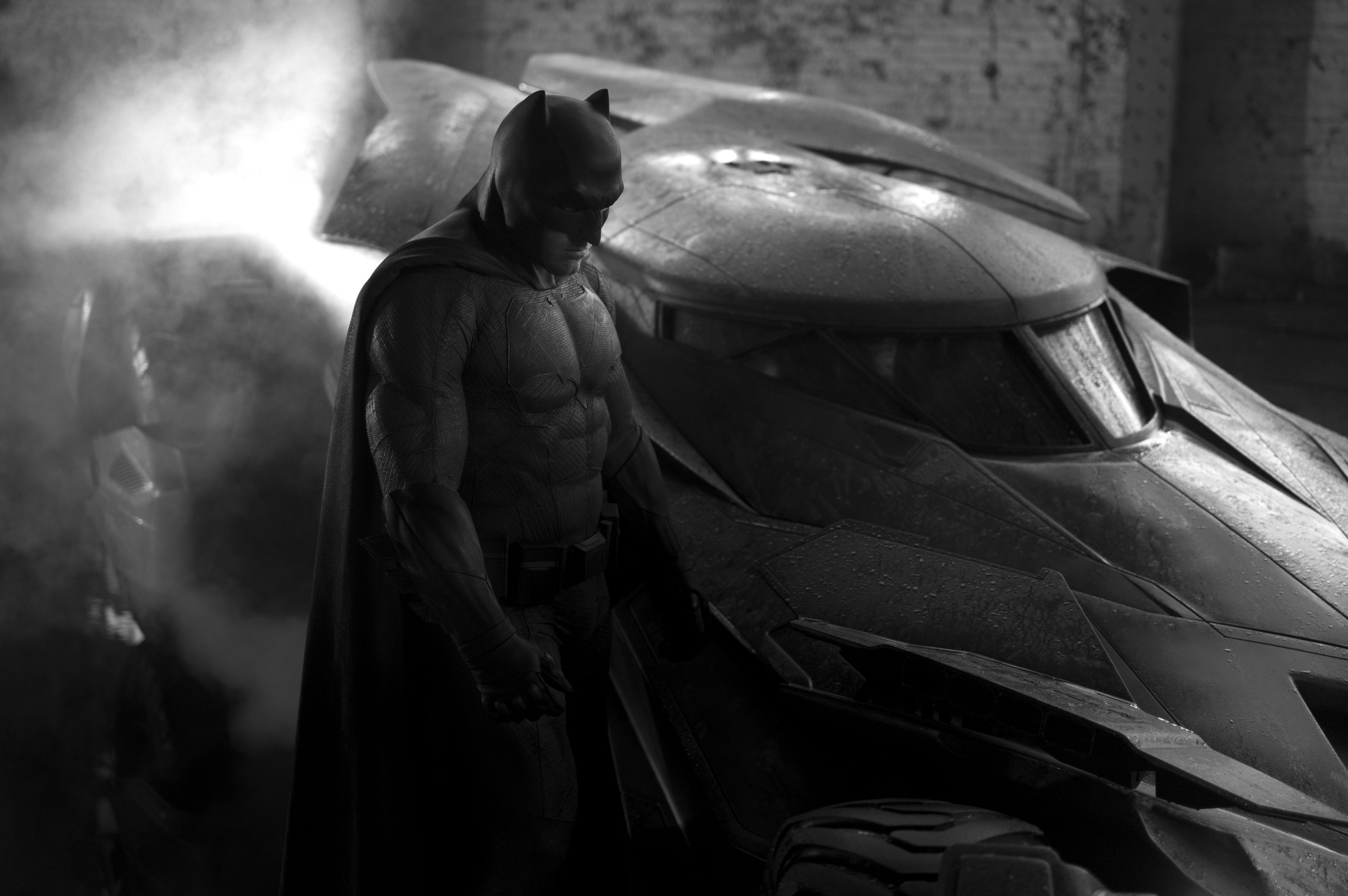 Krótka piłka: A tak wygląda nowy Batman i jego Batmobil
