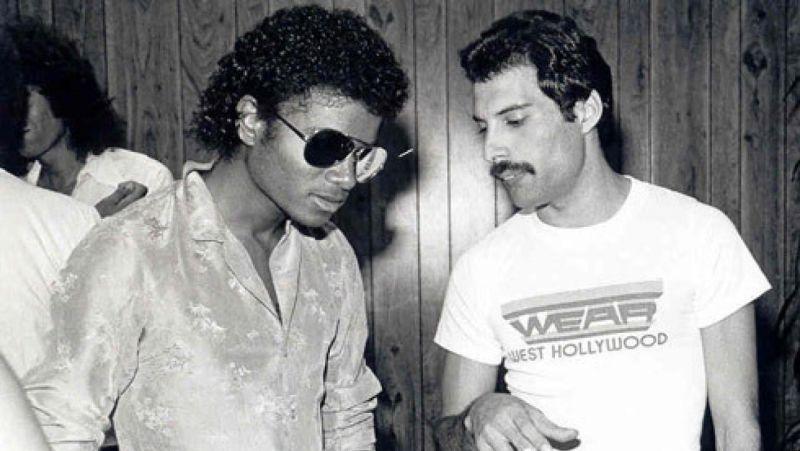 """Posłuchajcie nieopublikowanej wcześniej piosenki Michaela Jacksona i Freddiego Mercury – """"There Must Be More to Life Than This"""""""