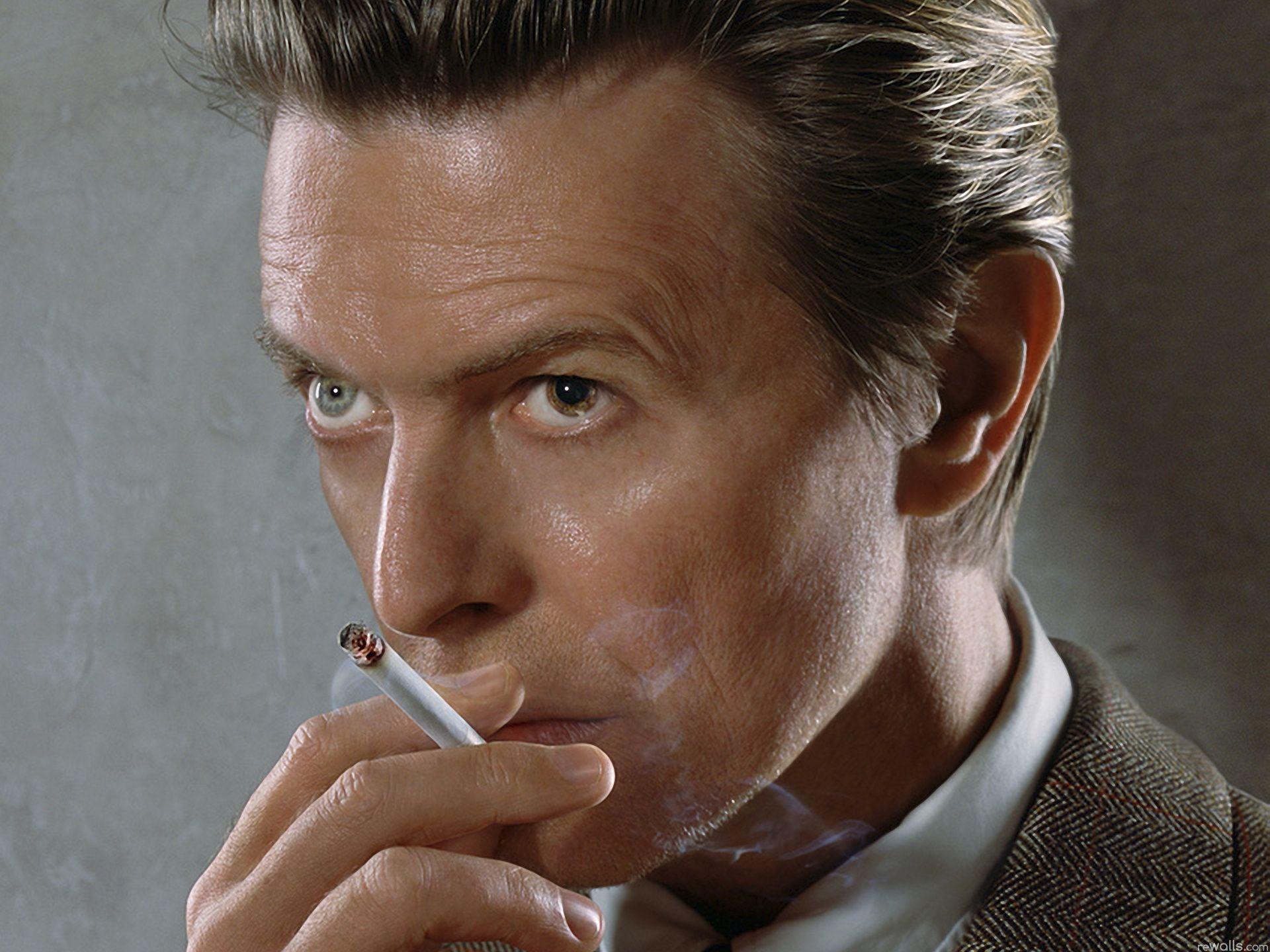 """69 Davida Bowiego świętuj przy jego nowej płycie, """"Blackstar"""". Krążek już w streamingu!"""