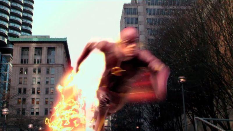 flash recenzja serialu