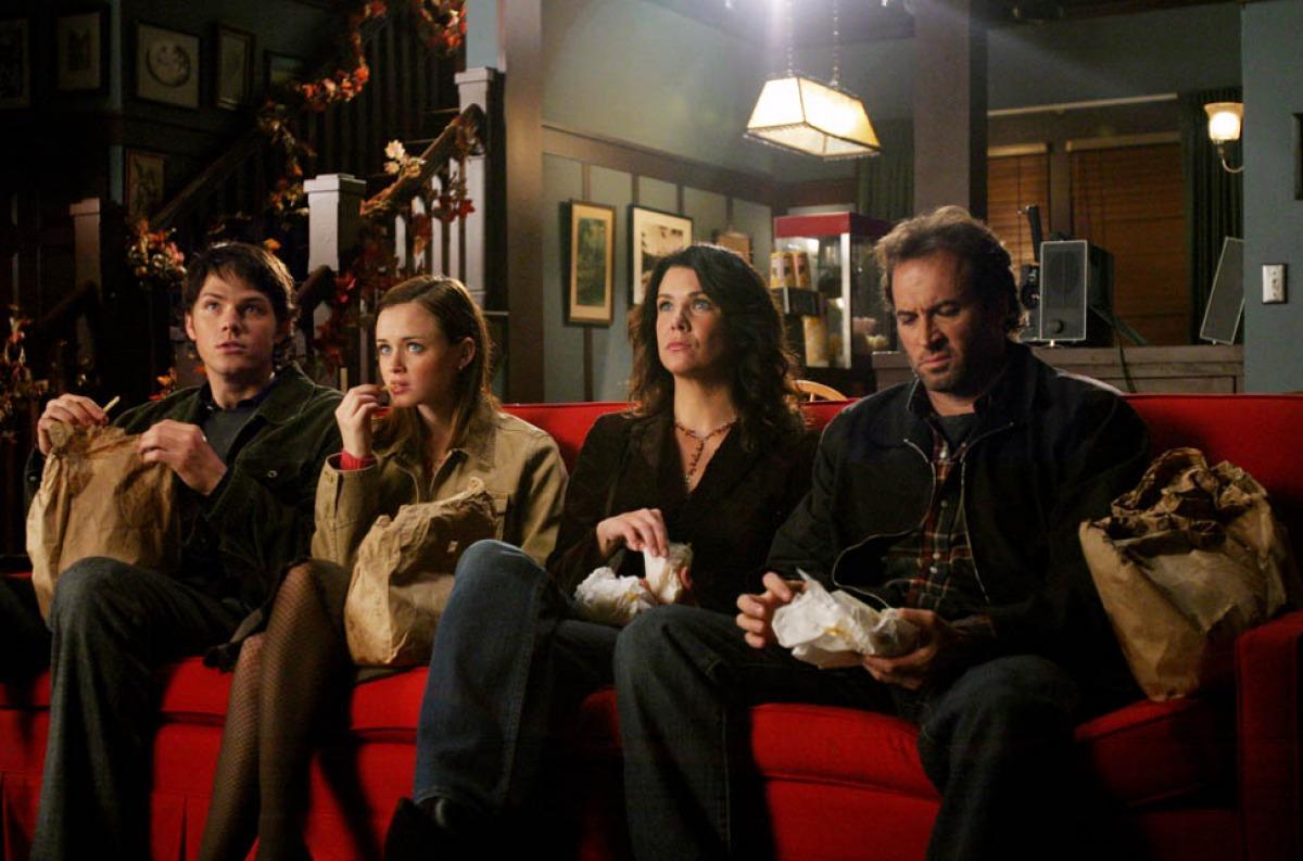 """Lipiec w Netfliksie: """"Stranger Things"""", """"Marcella"""" i… """"Gilmore Girls""""! Platforma przygotowuje grunt pod nową premierę"""