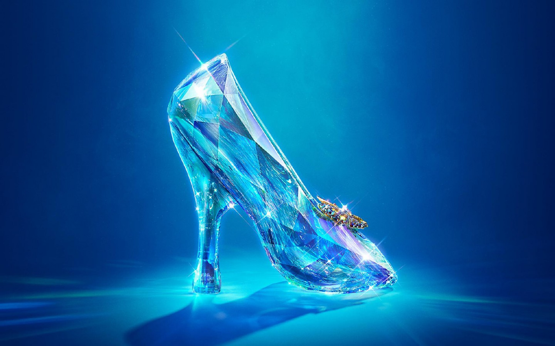 """Nowy """"Kopciuszek"""" od Disneya. Zobacz zwiastun filmu """"Cinderella"""""""