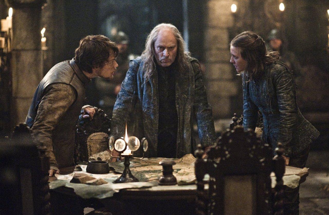 Od lewej: Theon, Balon i Asha Greyjoyowie