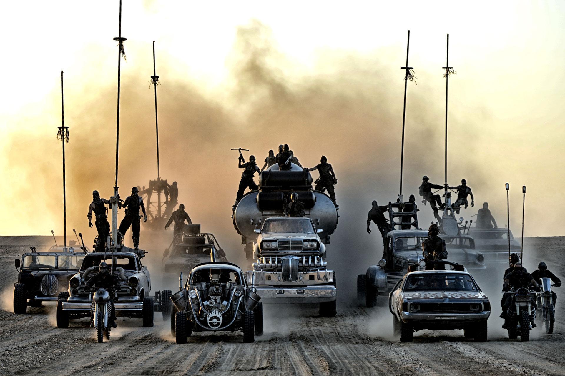 """Zastanawialiście się, jak wyglądałby """"Mad Max: Na drodze gniewu"""" bez CGI? Teraz możecie przekonać się na własne oczy"""