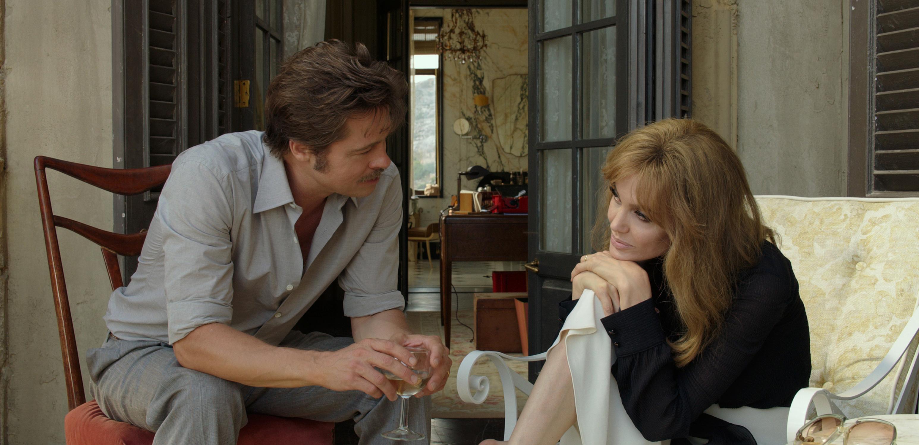 """""""Nad morzem"""" Angeliny Jolie-Pitt to film, który większość widzów prawdopodobnie rozczaruje. Recenzja sPlay"""