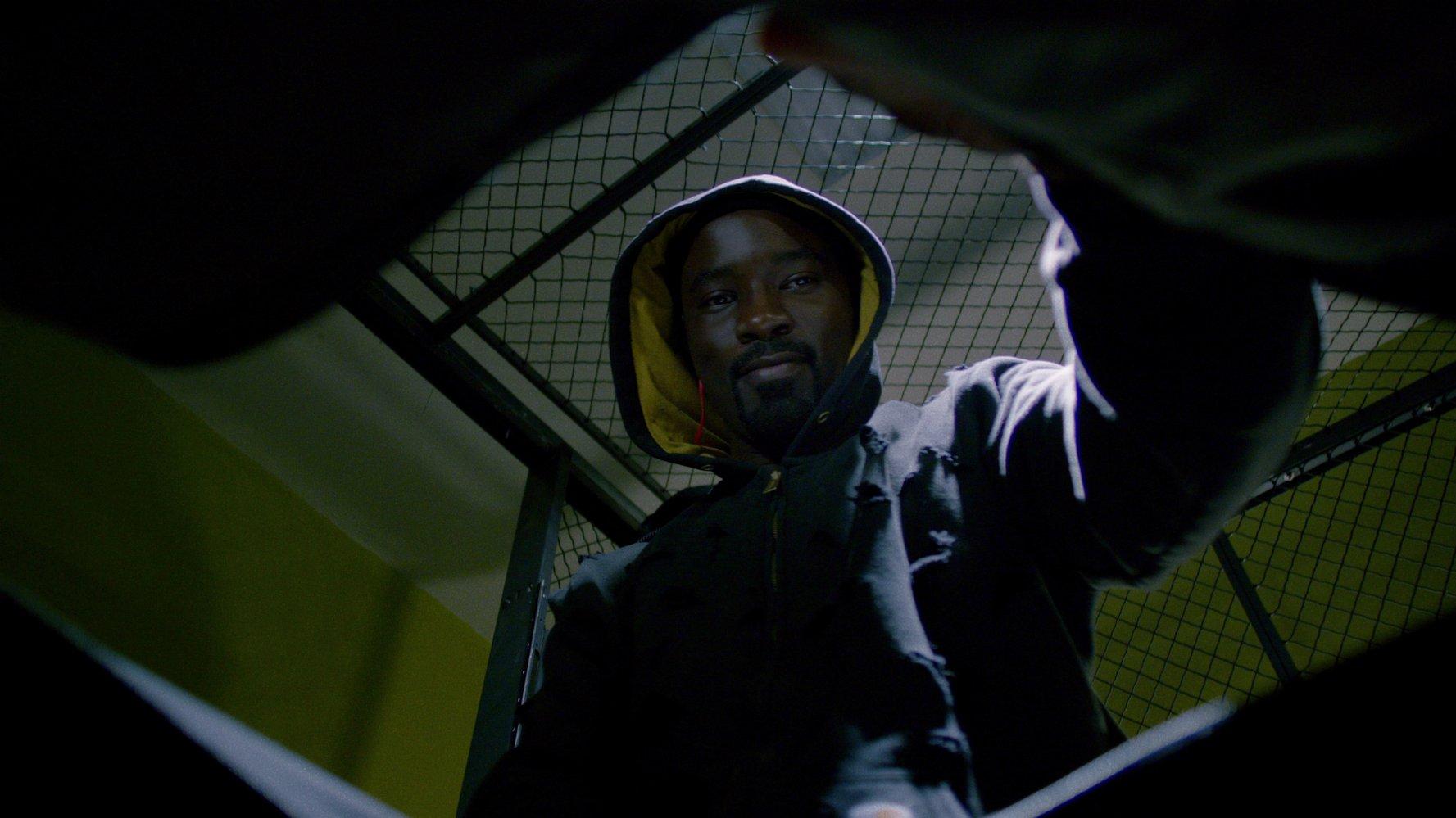 """Największy plus serialu """"Luke Cage"""" byłby największą wadąkażdego innego serialu Marvela"""