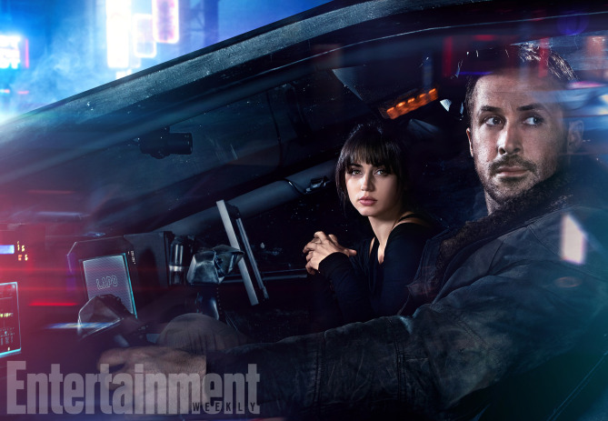 Blade Runner 2049 (2017) L-R: Ana de Armas and Ryan Gosling