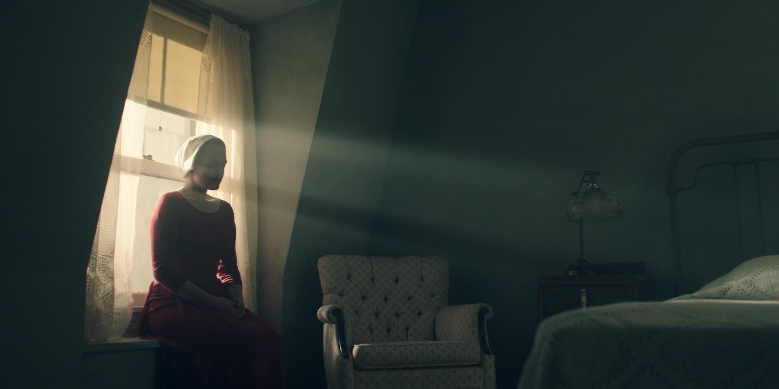 """Na ten serial czekam. Pierwsza zapowiedź """"The Handmaid's Tale"""" od Hulu"""