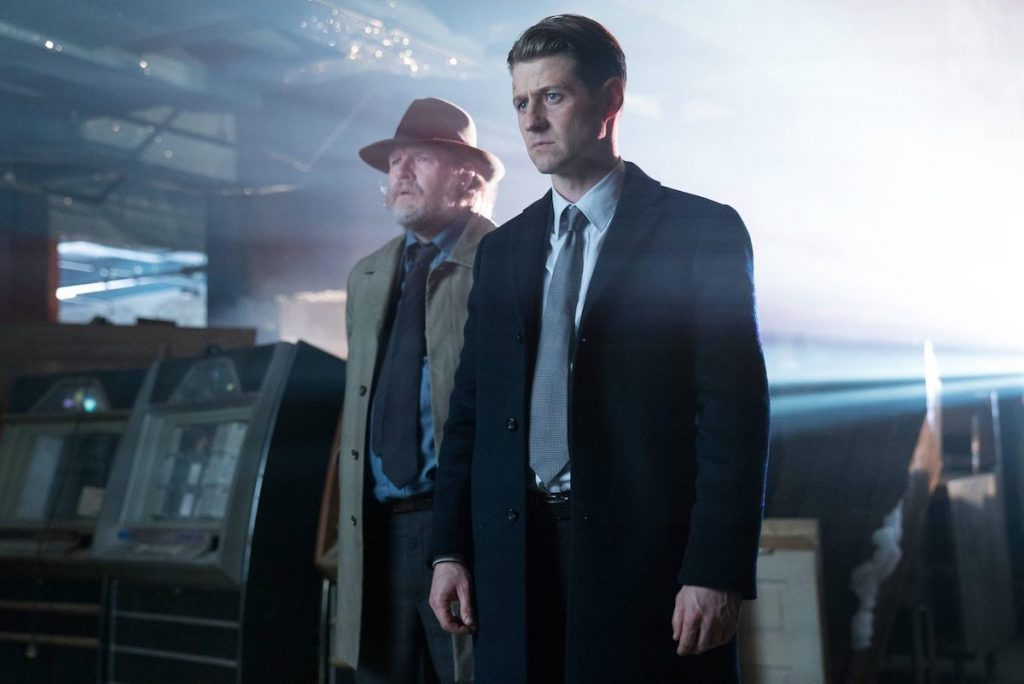 Gotham - Mad City - Ghosts - S03E12 - recenzja