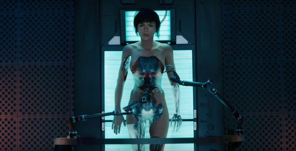 """Budząca kontrowersje aktorska wersja """"Ghost in the Shell"""" debiutuje w kinach już w tym tygodniu"""