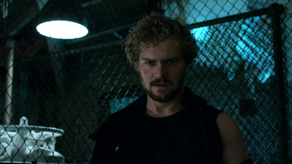 Iron Fist Marvel Netflix recenzja Finn Jones