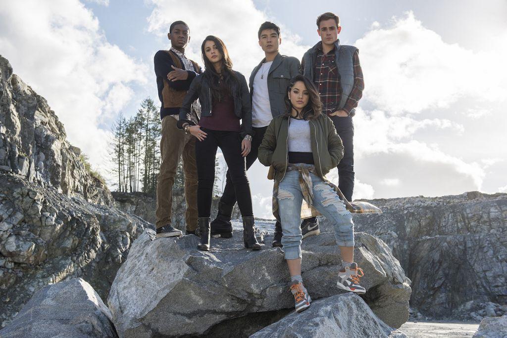 Power Rangers recenzja film 2017 - grupa bohaterów