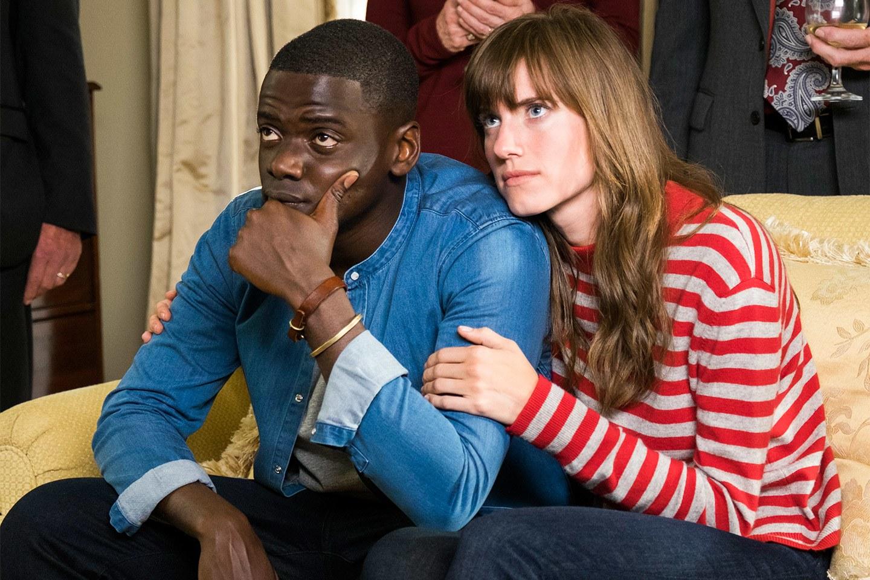 """Allison Williams i Daniel Kaluuya w scenie z filmu """"Uciekaj"""""""