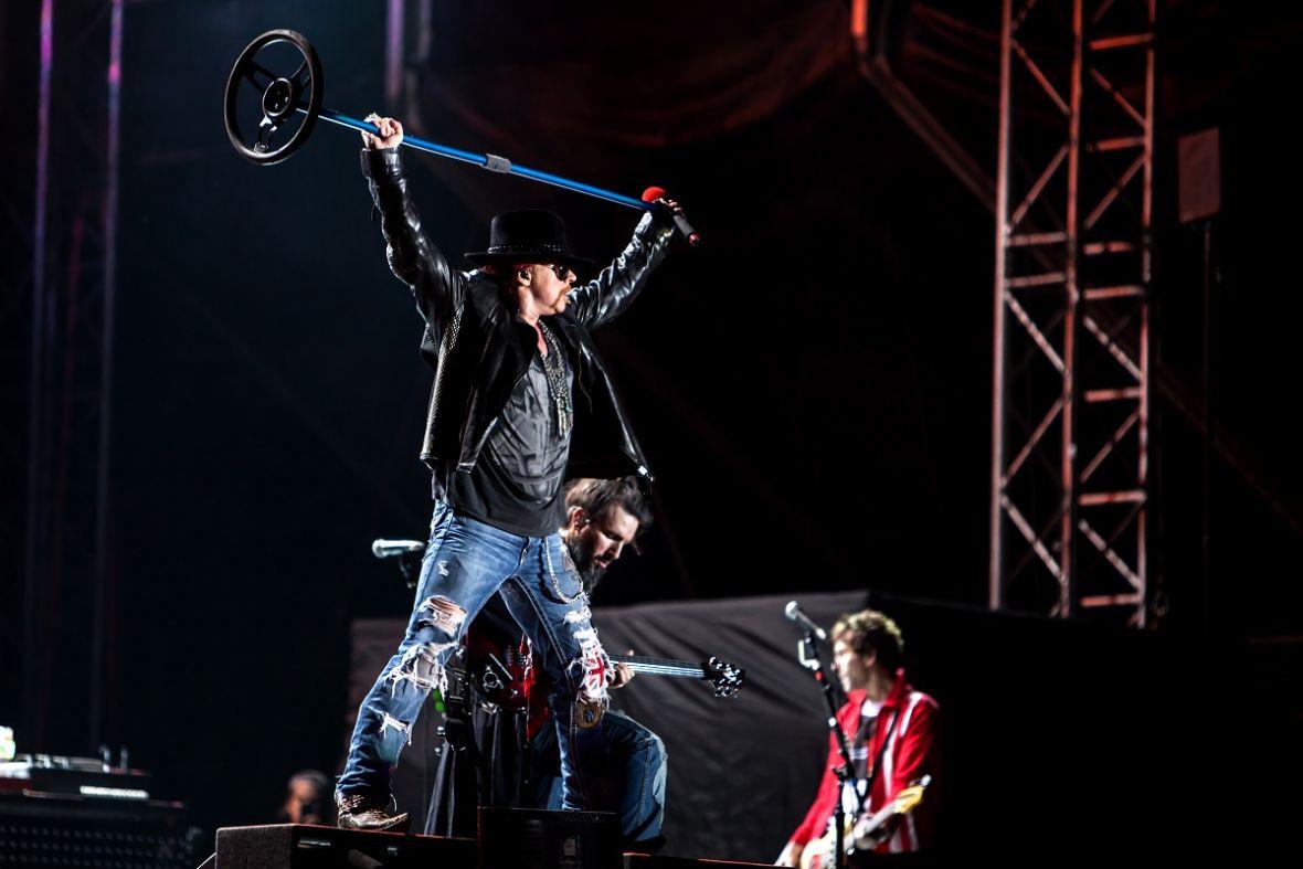Fani Guns N' Roses traktowani jak bydło? Takie rzeczy tylko na koncertach Live Nation