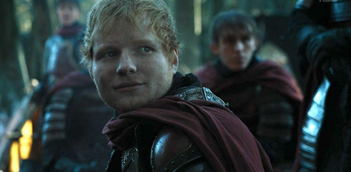Ed Sheeran ma parcie na szkło. Był Lannisterem w Grze o tron, teraz dostał nową rolę w kultowym serialu