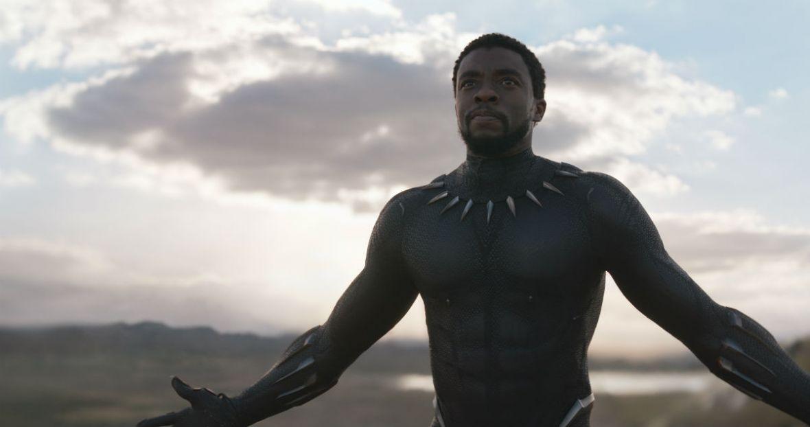 Film Czarna Pantera jeszcze nie trafił do kin, a już musi mierzyć sięz hejtem. Fanboje DC w natarciu
