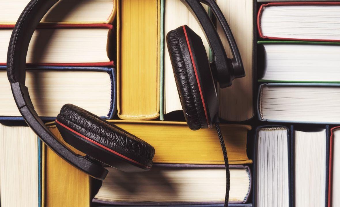 Nowości od Storytel, których musisz posłuchać: prawdziwe historie, morderstwa i tajemnice