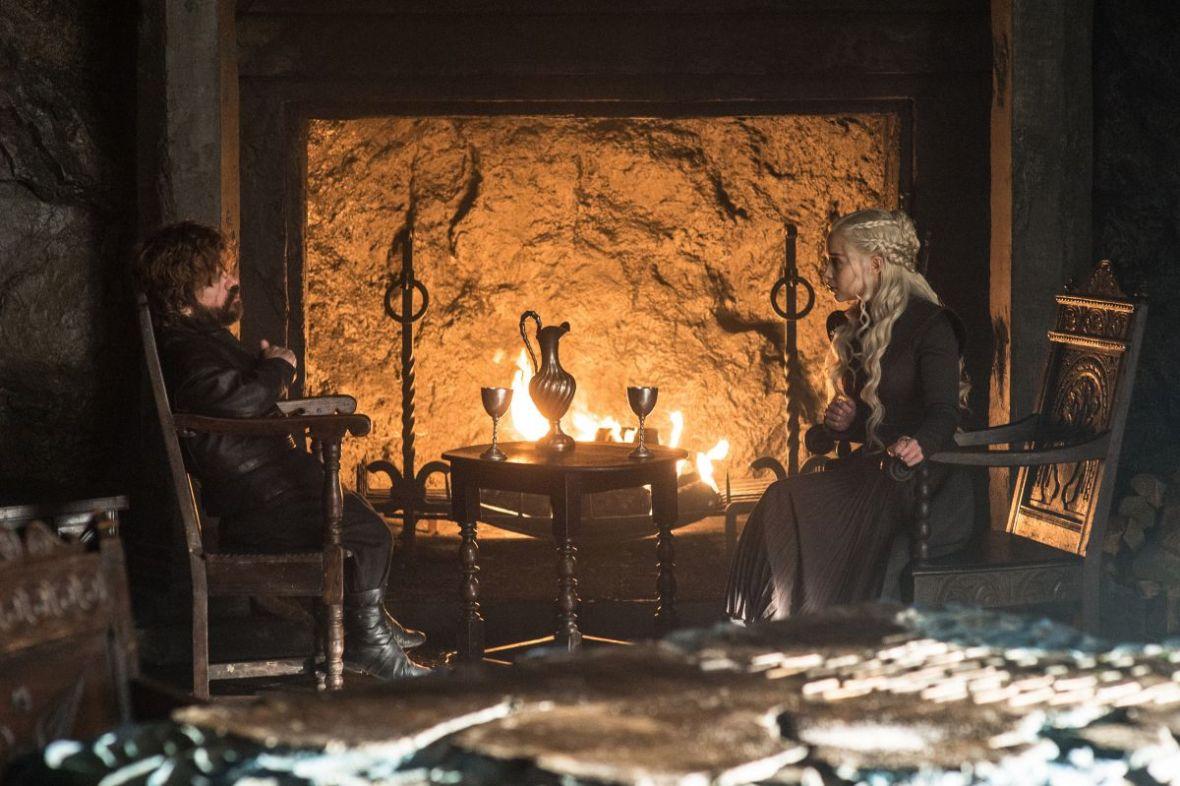 Daenerys może mieć problem ze znalezieniem następcy. Sukcesja w Grze o tron