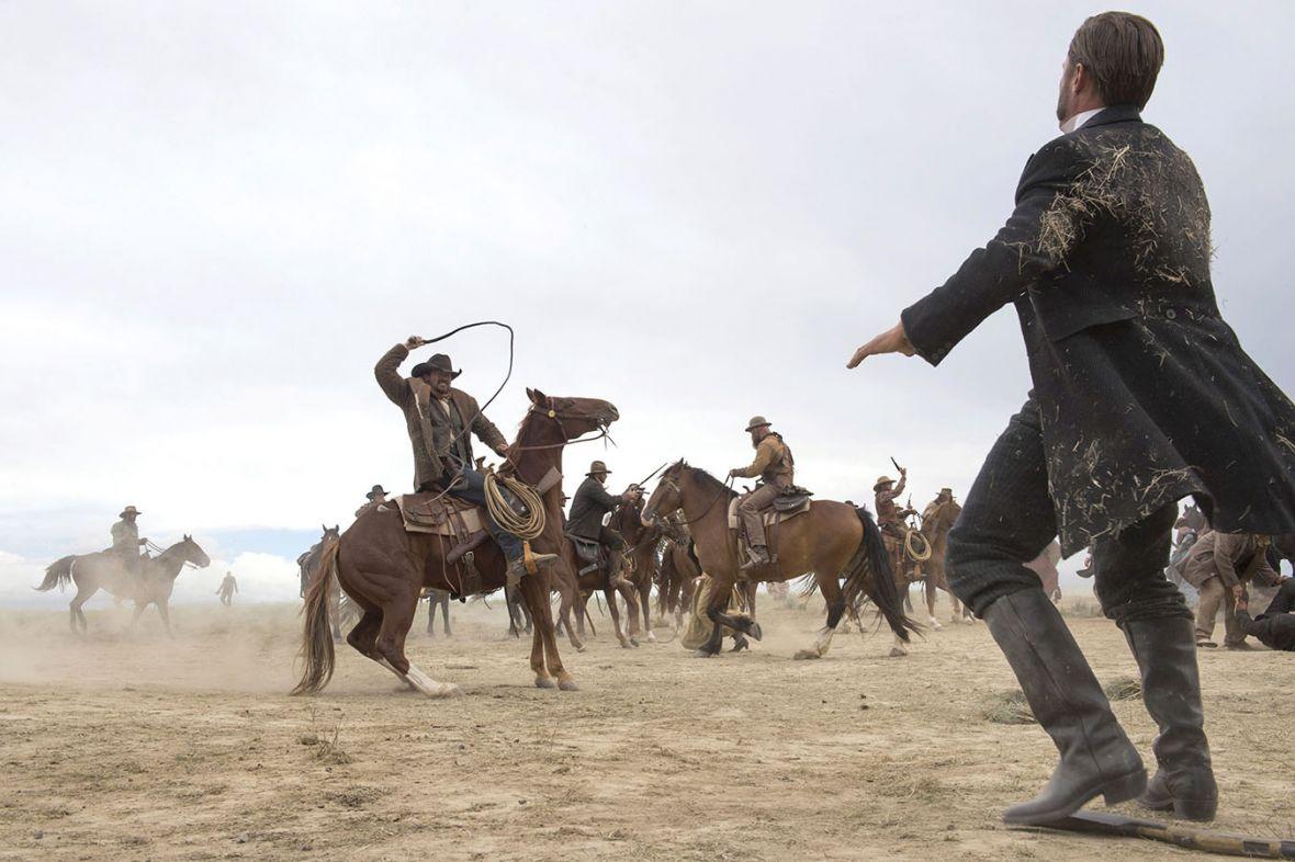 Coś dla fanów westernów. Miniserial Godless od dzisiaj dostępny w Netfliksie