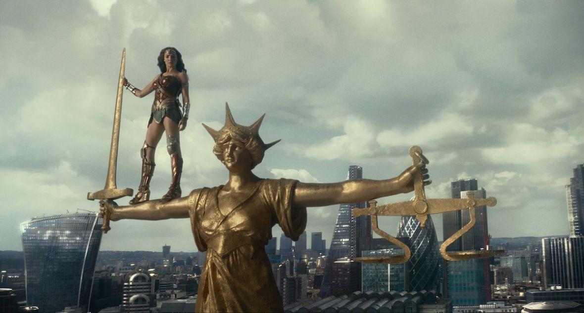 Muszę oddać DC sprawiedliwość. Justice League wypadł lepiej niżBatman v Superman