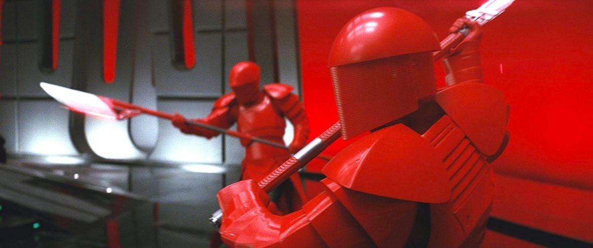 Osiem największych wad ósmego epizodu Gwiezdnych wojen – Ostatni Jedi pod krytyczną lupą