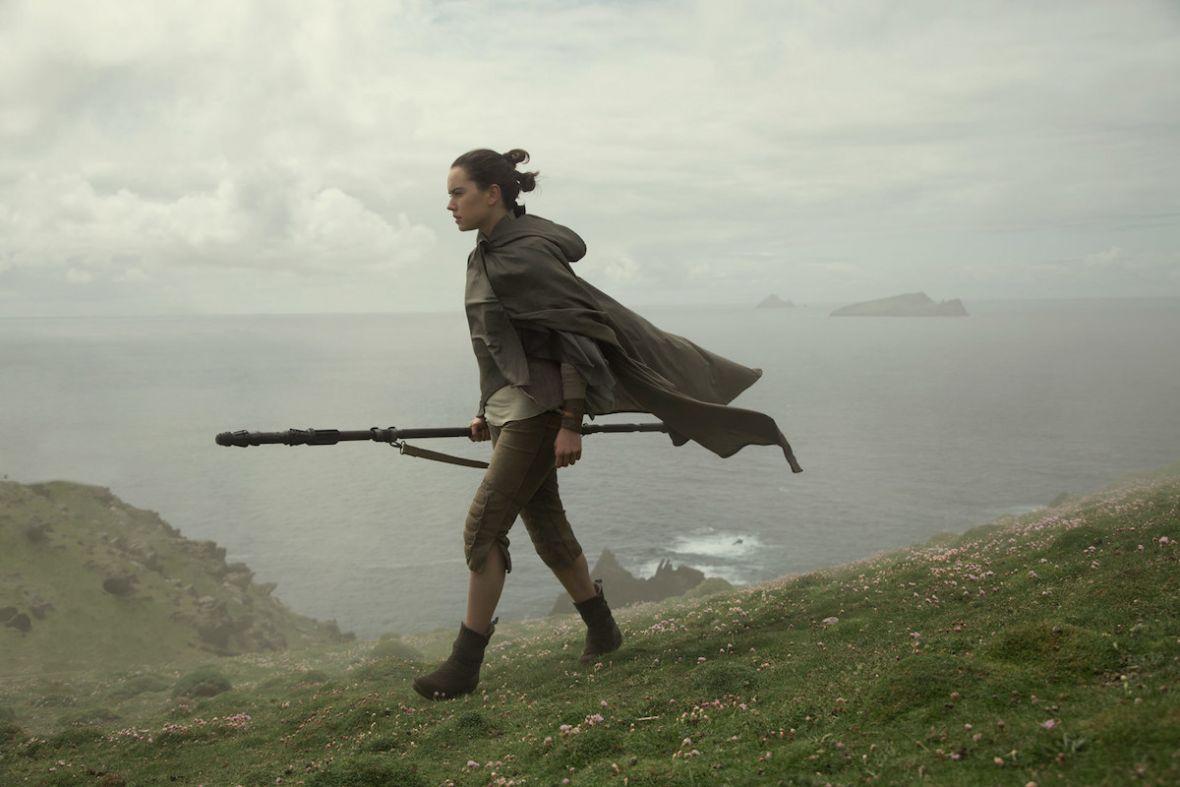 Odpowiadamy na pytanie, czy Ostatni Jedi zdradził, kim są rodzice Rey