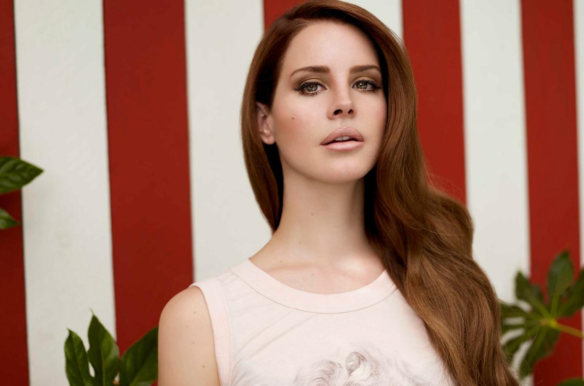 z kim Lana del Rey spotyka się w 2013 roku