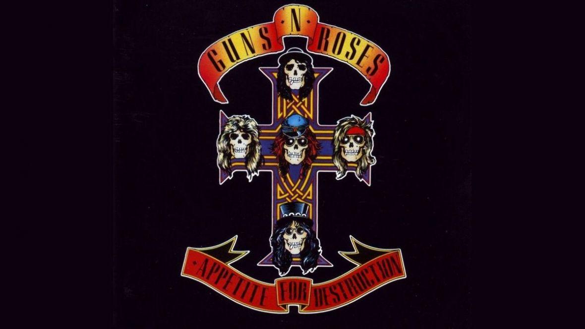 Tej wersji November Rain jeszcze nie słyszeliście. Sprawdźcie nową odsłonę hitu Guns N' Roses