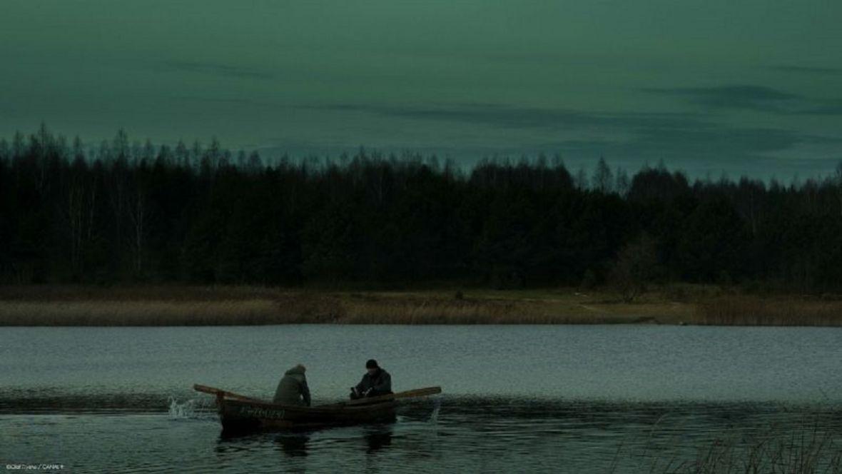Serial Kruk. Szepty słychać po zmroku już wiosną w Canal+. Znamy datę premiery mrocznego thrillera