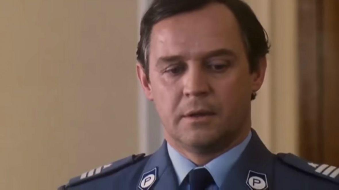 Kultowy serial z lat 90. wraca do TVP. Ekstradycja doczekała się odnowionej cyfrowo wersji