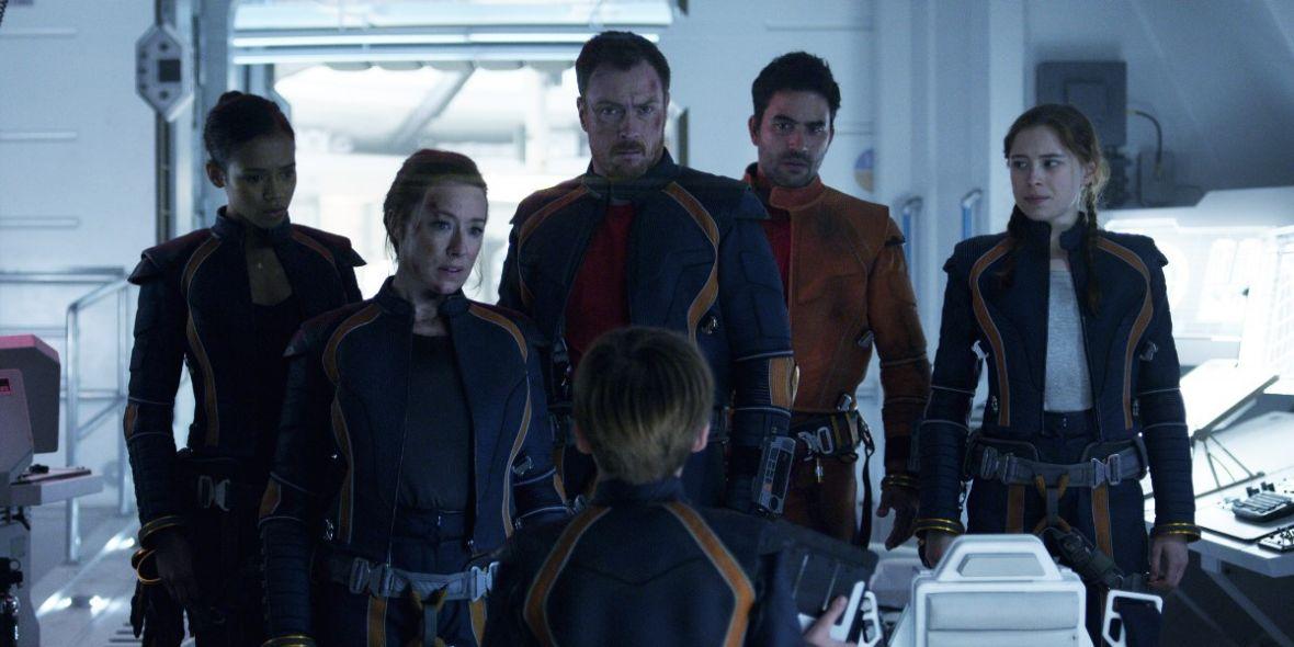 Zagubieni w kosmosie prędko się nie odnajdą. Netflix stawia na sentymenty i zapowiada 2. sezon serialu