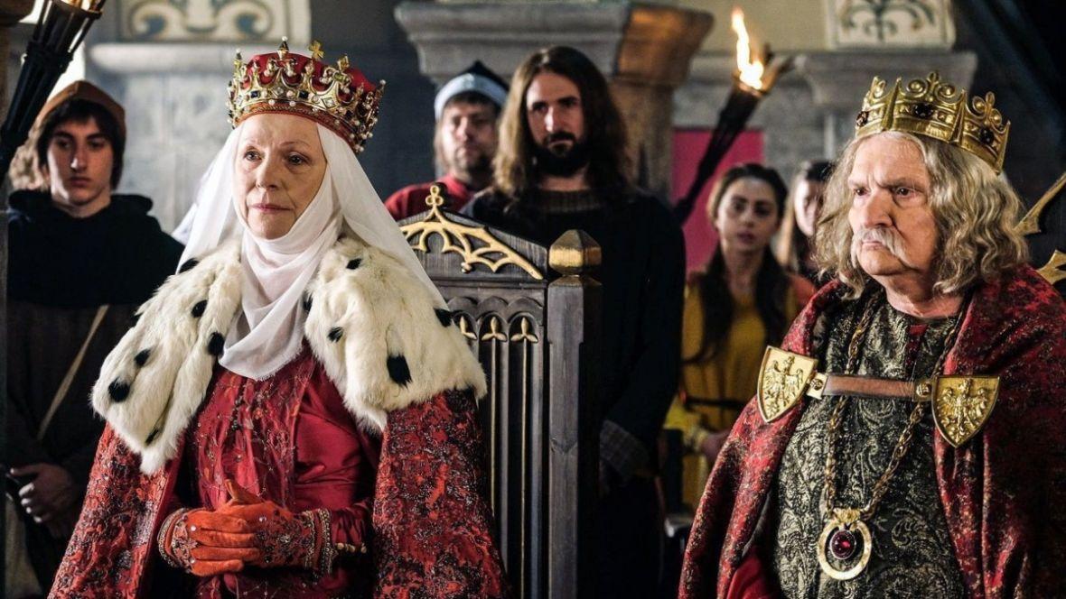 Już nie żartujcie z Korony królów. Pierwszy sezon serialu skończył emisję z dobrym wynikiem
