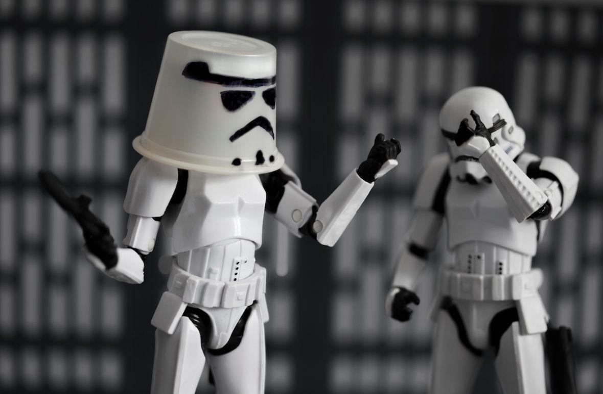 Disney nie radzi sobie z Gwiezdnymi wojnami. Solo przypomniał, co mnie najbardziej wkurza w Star Wars