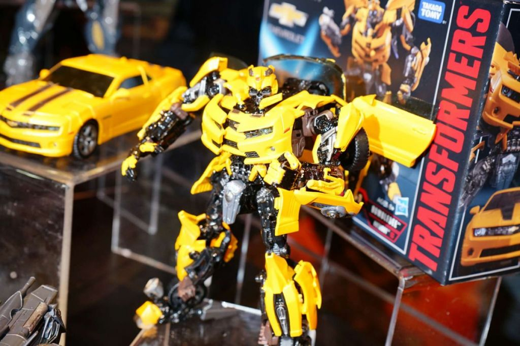 transformers bumblebee zabawka
