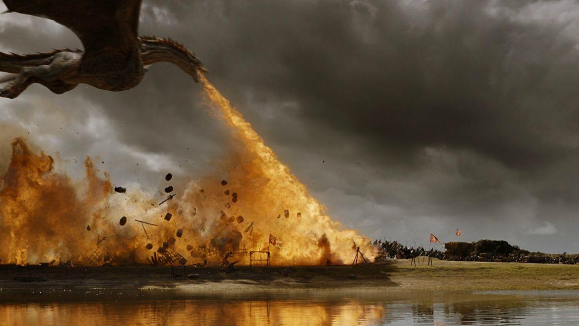 Nowe nagranie z planu Gry o tron. Pożar trawi jedną z głównych lokacji serialu