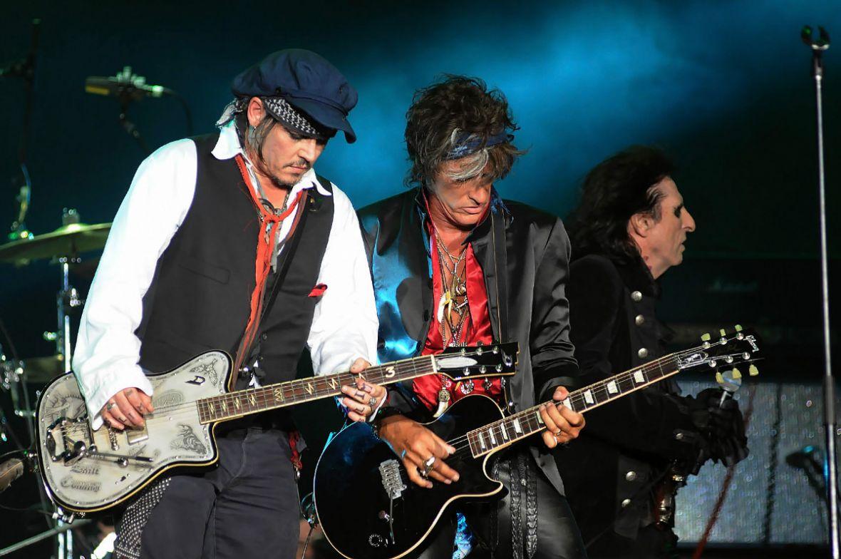 Klasyka rocka w wykonaniu supergwiazd. Hollywood Vampires zagrają dziś w Warszawie