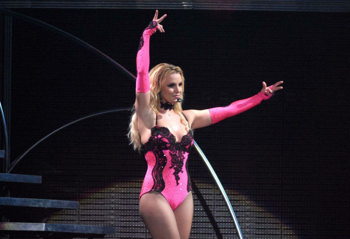 Co łączy Michaela Jacksona i Britney Spears?