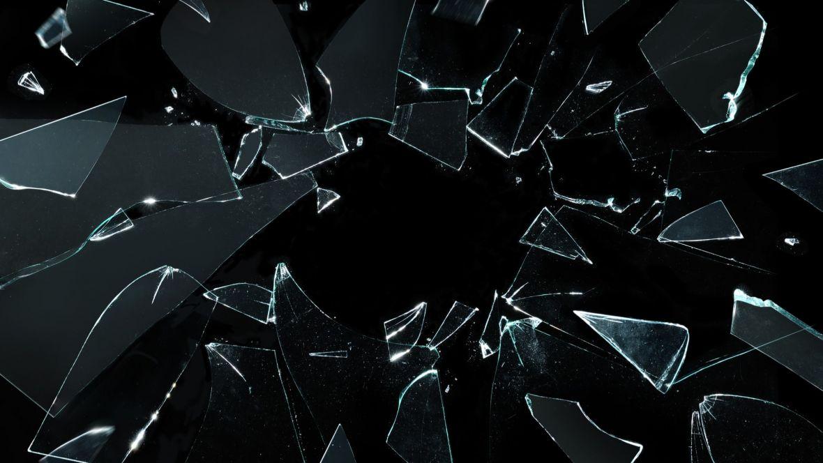 Produkcje serialowe coraz częściej podbijają świat literatury. A co z książką Inside Black Mirror?