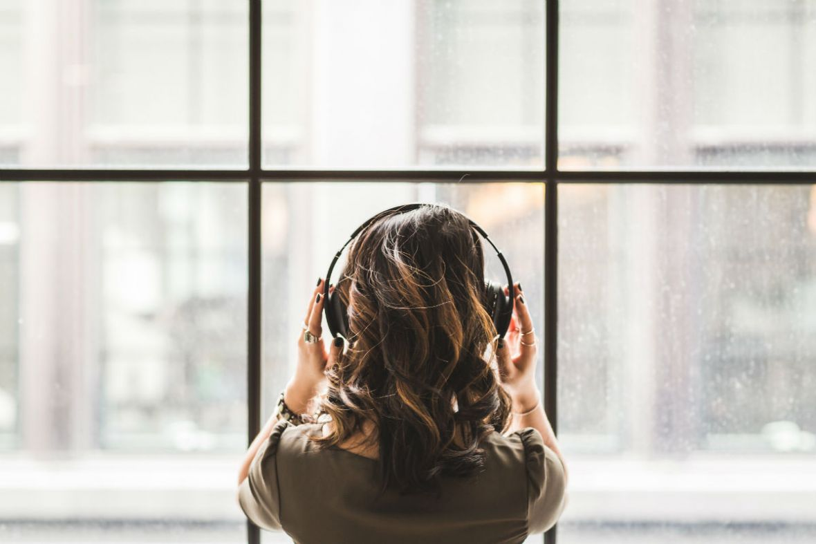 Deezer czy Tidal – który wybrać? Porównanie dwóch serwisów streamingowych