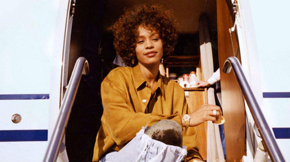 Do kina weźcie chusteczki. Whitney to wzruszająca opowieść o jednej z najlepszych wokalistek w dziejach