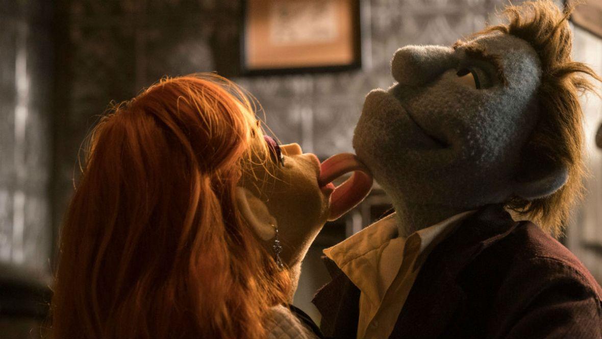 """Muppety, które przeklinają, wcale nie śmieszą. """"Rozpruci na śmierć"""" to najgorsza komedia, jaką ostatnio widziałem"""