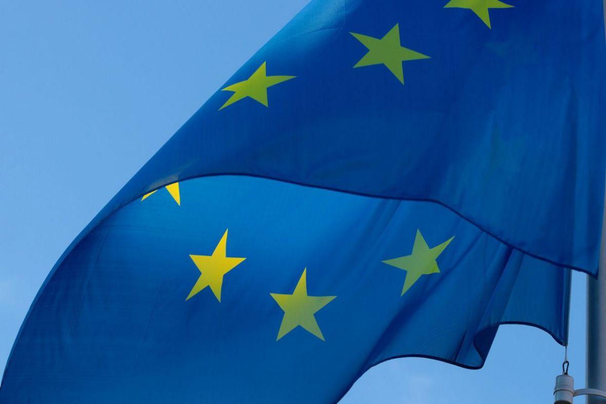 Unia Europejska nie odpuszcza. Netflix i Amazon będą musiały zainwestować w europejskie produkcje