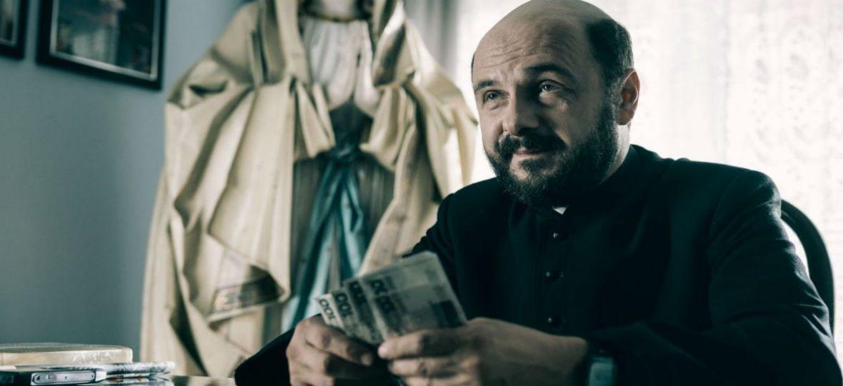 Kler bije rekordy. Żaden polski film po 1989 roku nie gromadził równie szybko takich tłumów w kinach