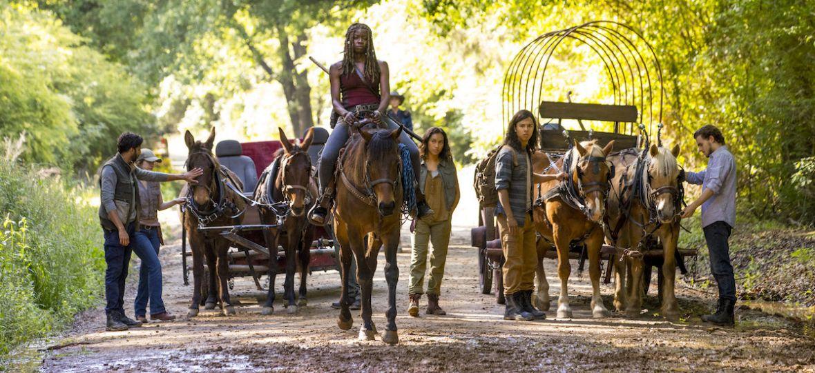 Żywe trupy uciekają do przodu, a The Walking Dead w 9. sezonie zmienia się nie do poznania – recenzja