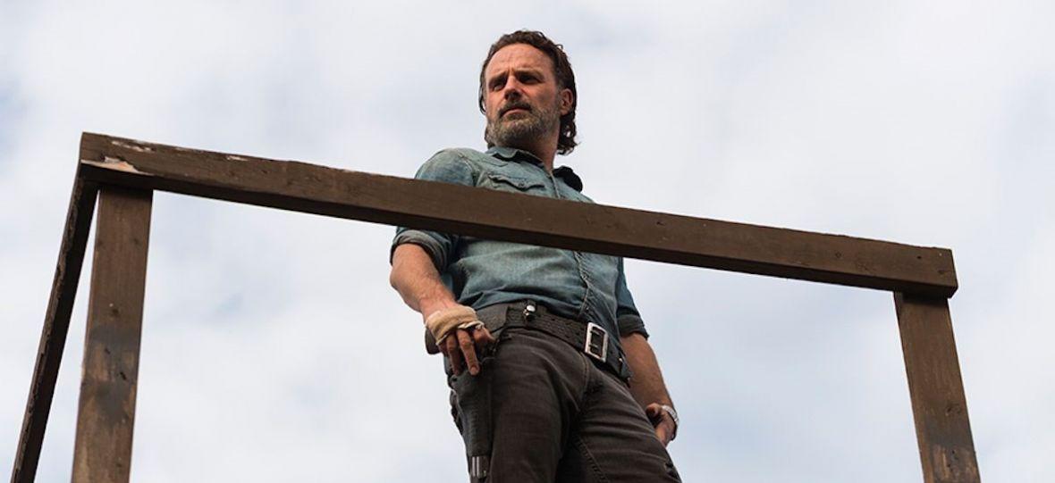 Andrew Lincoln jednak nie pożegna się z zombie. Rick Grimes powróci w filmach z uniwersum The Walking Dead