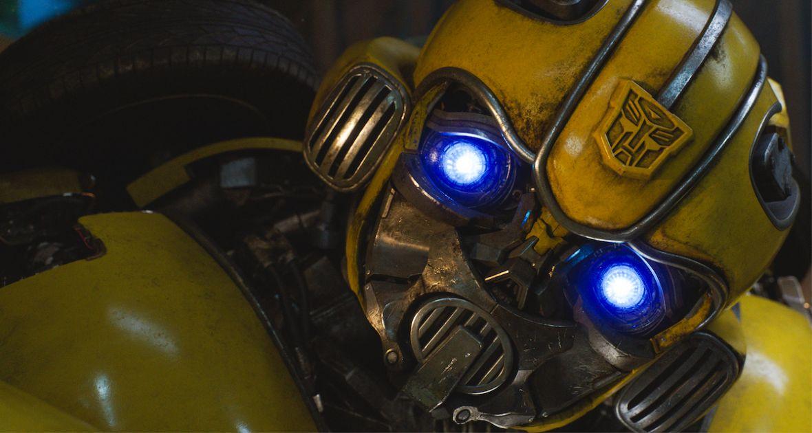 """""""Bumblebee"""" to film dla widzów zmęczonych Transformerami. Recenzujemy spin-off serii"""