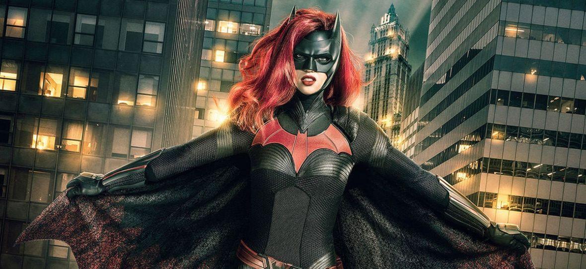 """Najbardziej wystrzałowa członkini Bat-rodziny dostanie własny serial! Nadchodzi """"Batwoman"""""""