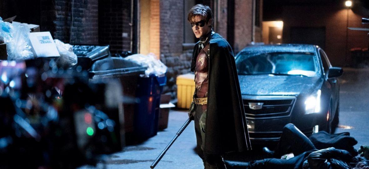 """Co zrobi Robin bez Batmana? Już dziś na Netfliksie premiera superbohaterskiego serialu """"Titans"""""""